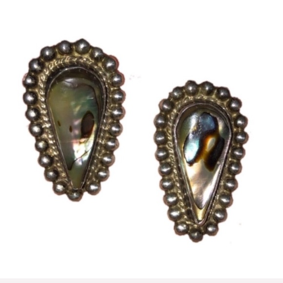 Vintage Jewelry - VINTAGE Midcentury Silver And Abalone Earrings